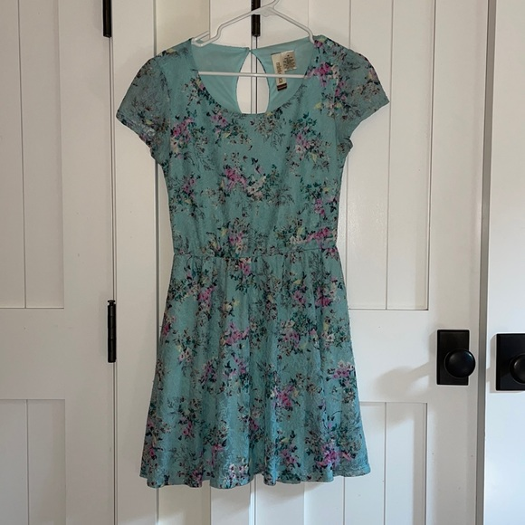 Mimi Chica Floral Lace Dress Teal Size Medium